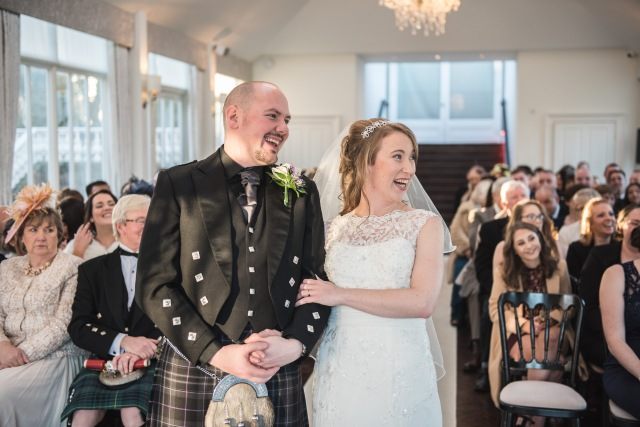A fabulous review for Agnostic Scotland Wedding Celebrant, Onie Tibbitt, after conducting a joyful, quirky and beautiful Wedding Ceremony at Carlowrie Castle, Edinburgh.