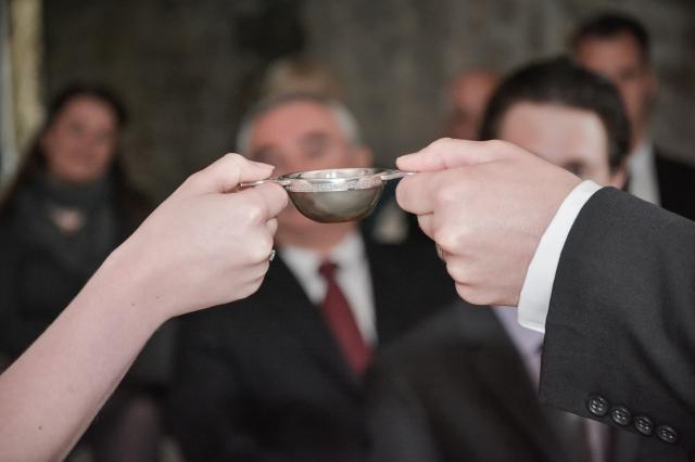 A traditional Scottish Quaich Ceremony conducted by Agnostic Scotland Wedding Celebrant, Onie Tibbitt, in Edinburgh.