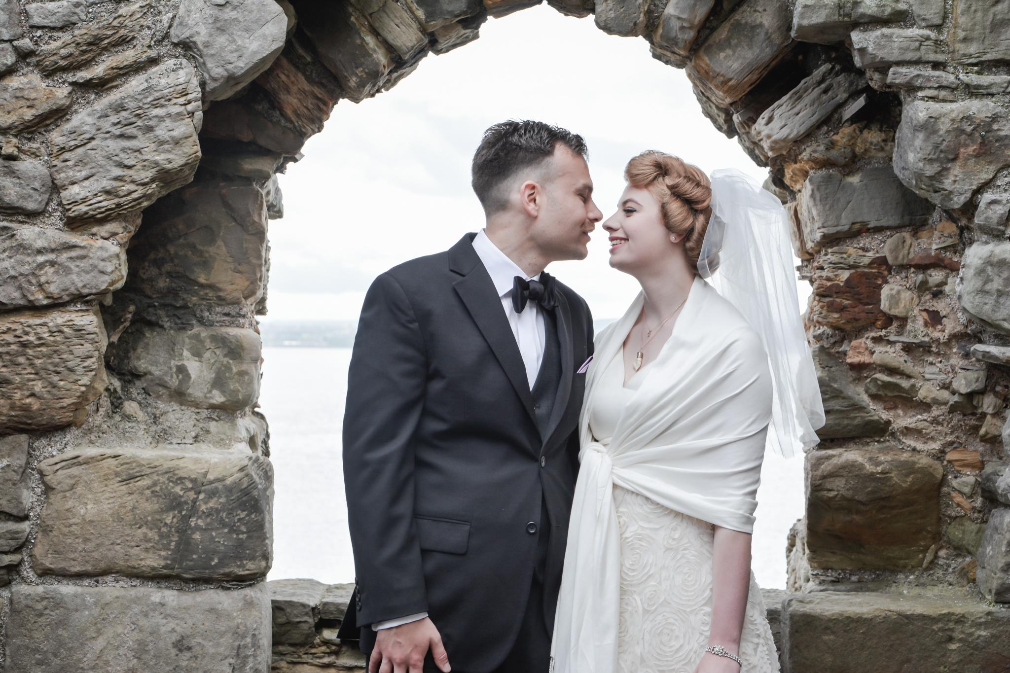 Agnostic Scotland Wedding Celebrant, Onie Tibbitt, conducting a beautiful and personal Wedding Ceremony on Inchcolm Island.
